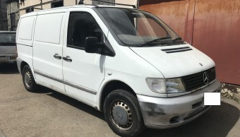 Mercedes Benz Vito Van